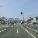 """2番目の「宮林」交差点を右折する。(右側にコンビニ""""セーブオン""""が見える。)"""